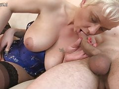 Slut granny fucking her ass off