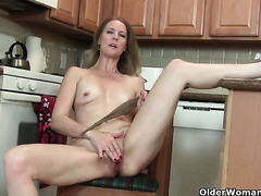 My favorite next door milfs from the USA: Amanda, Lacy and Catherine 2