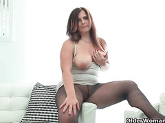 My favourite videos of Euro milfs in nylon: Riona, Alice and Ameli