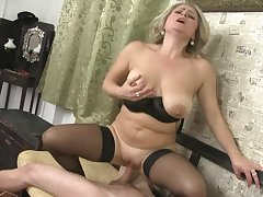 Almost imperceptibly a rather striping MILF Rachel Gilt fills her slutty mouth at hand load of shit