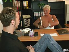 Short haired german MILF seduces baffle thither the office