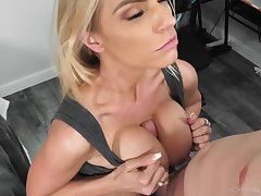 Pulchritudinous blonde milf deepthroats a cock with ease