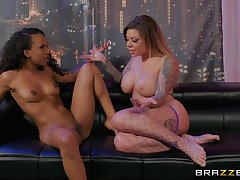 Dirty dancer Demi Sutra likes helter-skelter rendered helpless her girlfriend's wet pussy